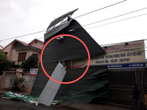 Bão đổ bộ Quảng Trị - Thừa Thiên Huế